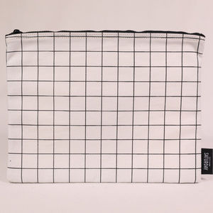 Kate Spade Saturday Pouch